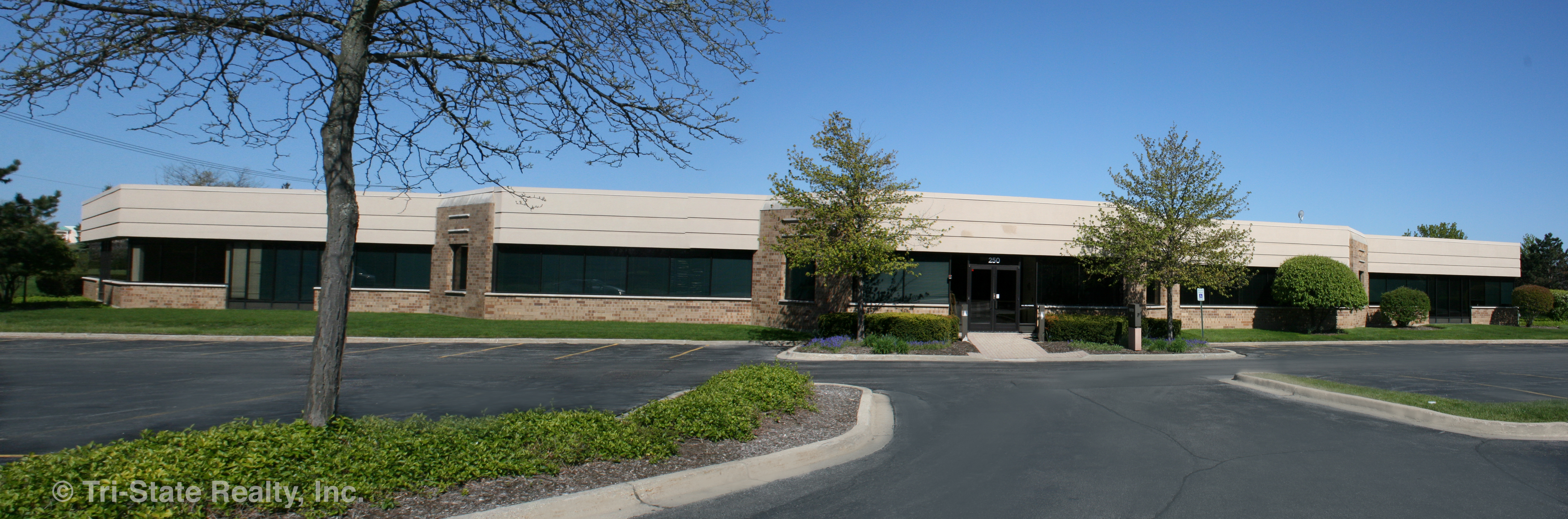 1375 Tri State Parkway, Suite 100, Crown Corporate Center – 22,746 Sq. Ft. Available