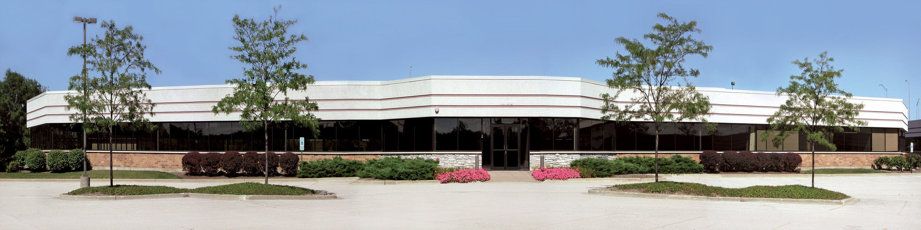1025 Tri State Parkway, Grand Tri State Corporate Centre – 43,224 Sq. Ft. Available